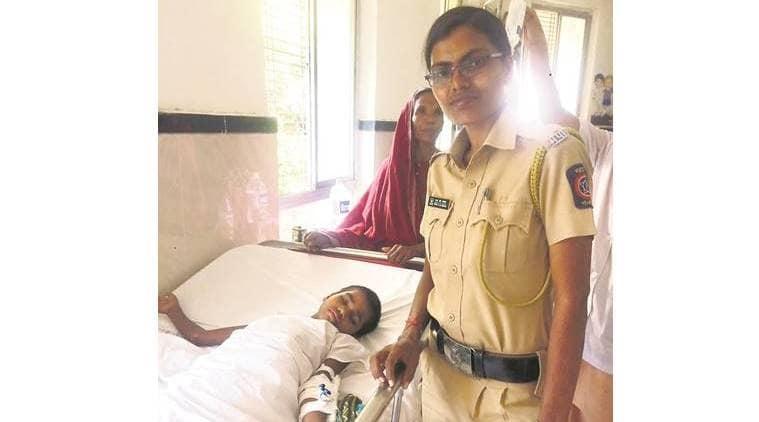 Nandurbar, Nandurbar girl, police constable Ravita Gavit, Ravita Valvi, maharashtra news, indian express news
