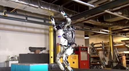 robot video, robot viral video