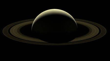 NASA assembles 'Farewell to Saturn' mosaic from Cassini's final images