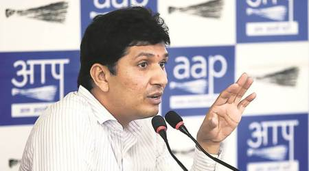 After SK Mendiratta revelation, AAP lashes out at 'biased' Election Commission