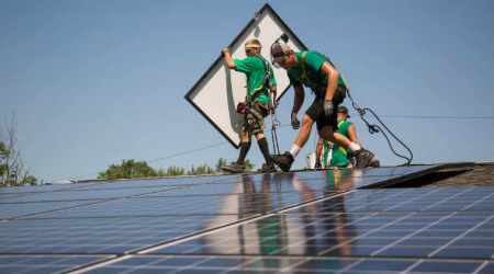 Residential solar power creators seek profits in growing rooftop installations