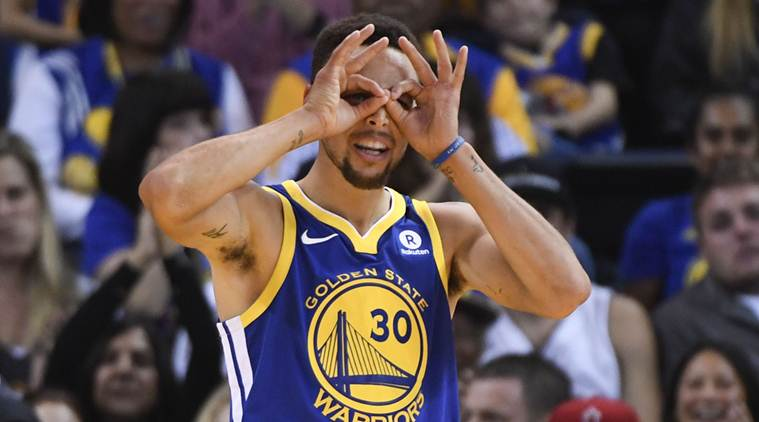 Stephen Curry's mere existence on the court makes every Warrior better