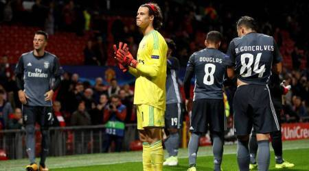 More pain for Benfica's teenage keeper MileSvilar