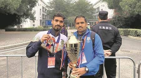 Gopi Thonakal, Monika Athare successfully defend men's and women's title in New DelhiMarathon