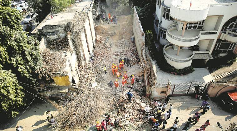 2 dead, 1 injured in building collapse