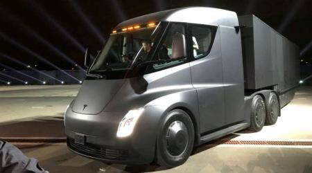 Tesla's Semi electric truck sees interest from Wal-Mart, JB Hunt