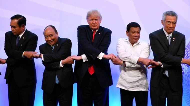 trump, donald trump, ASEAN, handshake photo op, Trump handshake, ASEAN summit, world news, indian express news