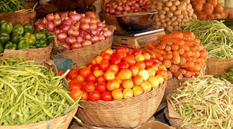 veggie prices, vegetable prices, vegetables, soaring vegetable prices, vegetable market, indian express, indian express news