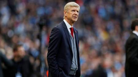Manchester City not invincible, says Arsenal manager Arsene Wenger