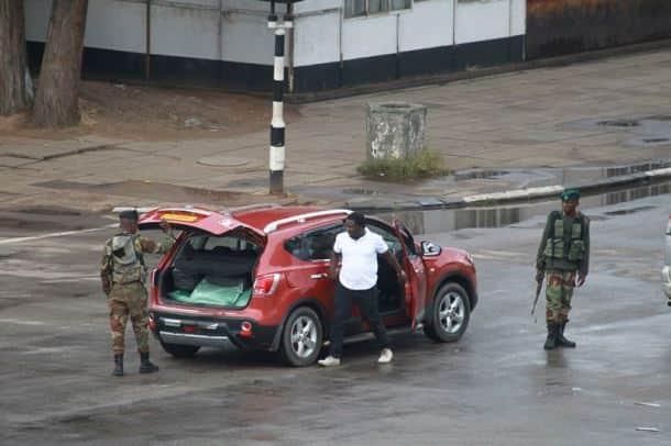 Robert Mugabe, Zimbabwe crisis pics, zimbabwe crisis photos, Zimbabwe, Zimbabwe crisis, Zimbabwe Military Coup, Zimbabwe latest news, Zimbabwe army, world news