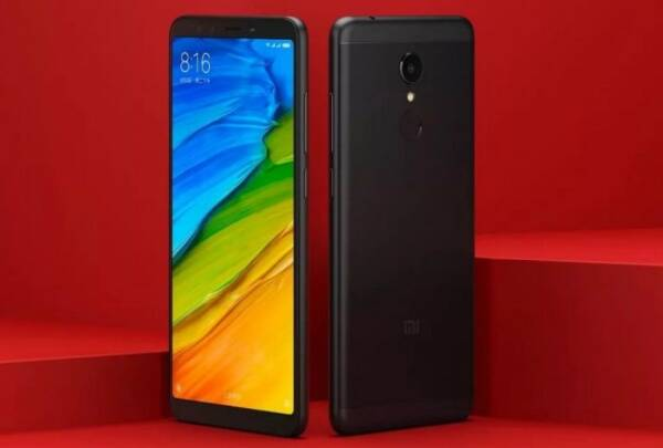 The Xiaomi Redmi 5 features a tall 5.7-inch HD+ 18:9 display