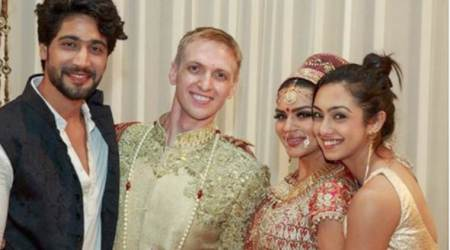 Abigail Pande's mother's expensive jewellery goes missing on flight back from Aashka's wedding