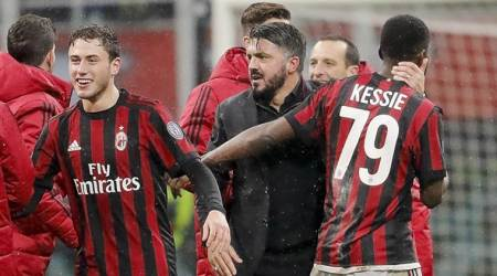 AC Milan beat Inter Milan 1-0 to reach Italian Cup semifinals