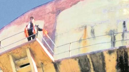 Afrazul killing: Youth climbs atop water tank in Jaipur, raises slogans supporting Shambhulal Regar