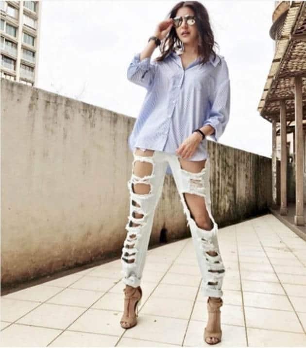 Anushka Sharma, Bizarre outfits 2017, Fashion Misses 2017, Worst Outfits 2017