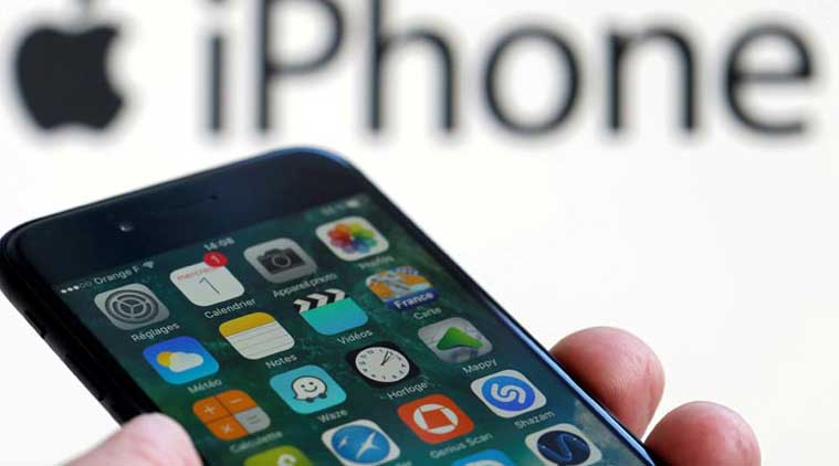 Apple iPhone slowing down lawsuit, Apple slowing old iPhone