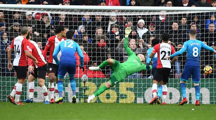 Petr Cech tears into Arsenal team-mates after disappointing Southampton draw