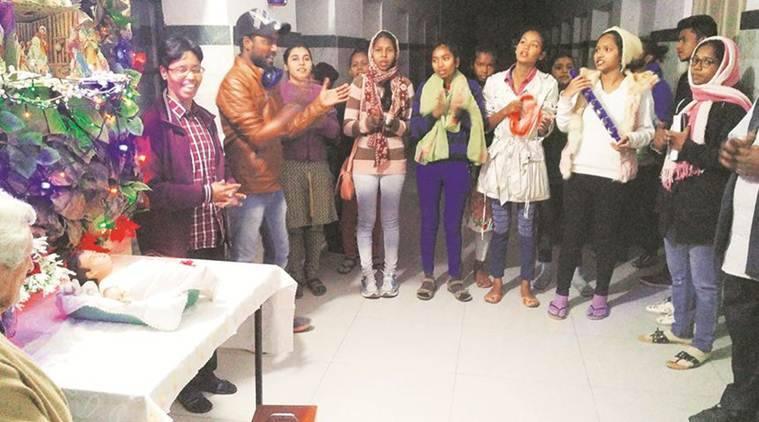 Bhopal carol singers, carol singers Bhopal, carol singers, christmas celebration, Miriam School for the Mentally Handicapped, India News, Indian Express, Indian Express News