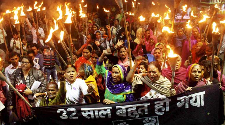 compensation victims of bhopal gas tragedy, bhopal gas tragedy supreme court, bhopal gas tragedy monetary compensation victims, bhopal gas tragedy victims petition, indian express news