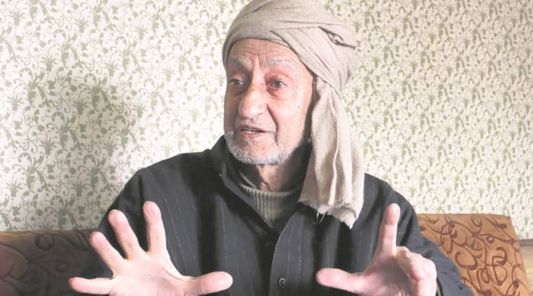 Hurriyat leader denies meeting interlocutor Dineshwar Sharma after his party splits
