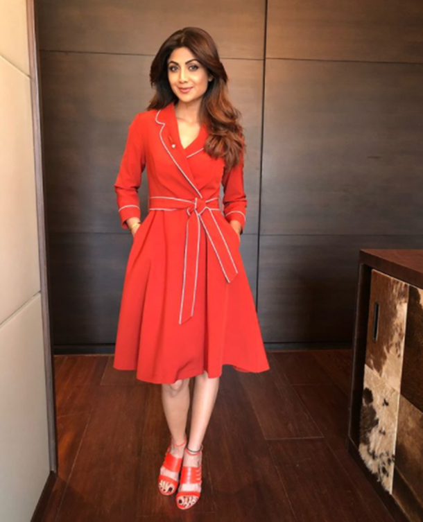 Christmas fashion, Christmas party dresses, Deepika Padukone, Deepika Padukone latest photos, Kareena Kapoor Khan, Kareena Kapoor Khan latest photos, Alia Bhatt, Malaika Arora, Mahira Khan