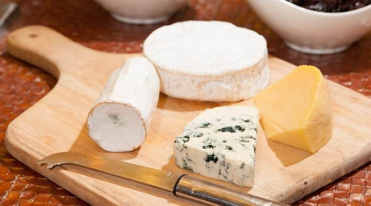 Consuming Cheese every day may reduces risk of heart attack; New Study