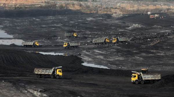 More than 40 pct of world coal plants are unprofitable: Report