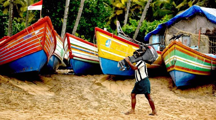 Cyclone Ockhi, Cyclone, Kerala, Tamil Nadu, cyclone okhi photos, cyclone video, Cyclone Ockhi updates, indian express