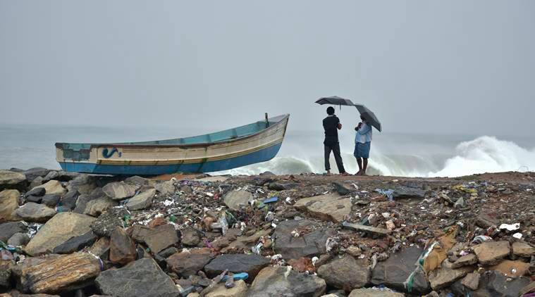 Cyclone ockhi in Gujarat