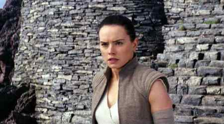 star wars the last jedi actor daisy ridley plays rey