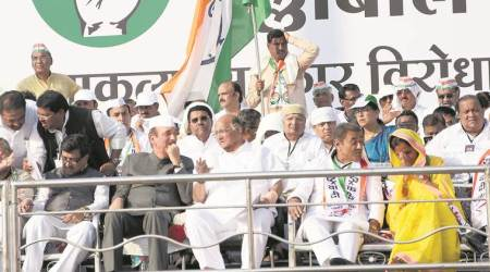 In show of strength, NCP, Congress hold 'Halla Bol' rally