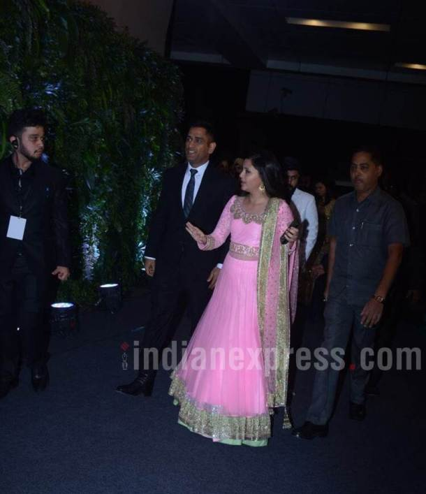 Virat Kohli Anushka Sharma Mumbai reception pictures photos