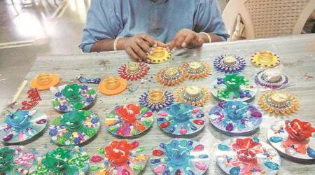 Art, magic, cooking and sewing to heal themind