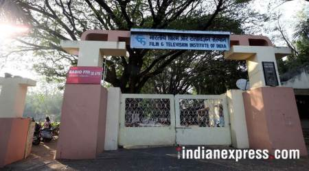 RTI: Gajendra Chauhan sought FTII extension, I&B ministry said no