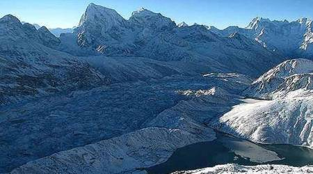 No lake formation near Gaumukh or along the course of Bhagirathi, reports