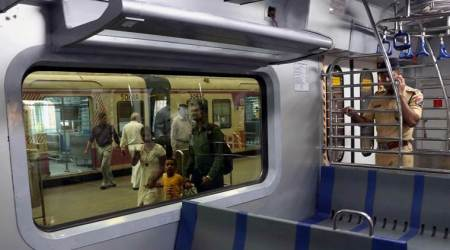 AC stops working in Mumbai local, angry commuters bring train to halt