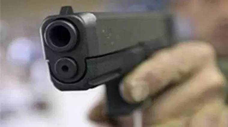 Indian student shot dead by armed robbers in US