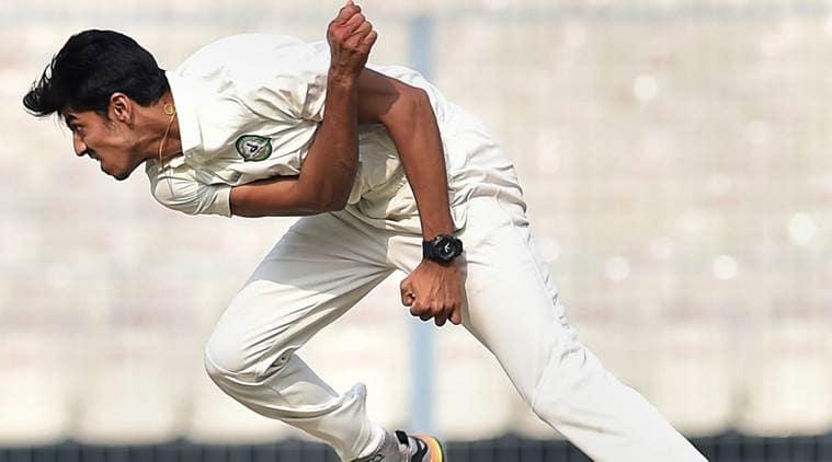 Ranji Trophy 2017, Ranji Trophy 2017 semi-final, Rajneesh Gurbani, Rajneesh Gurbani bowling, Rajneesh Gurbani wickets, Vidarbha vs Karnataka, sports news, cricket, Indian Express