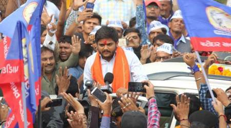 Gujarat elections: Hardik Patel holds roadshow without permission, police warns of legal action