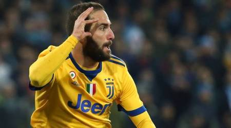 Serie A: Juventus' Gonzalo Higuain ends former club Napoli's unbeaten start