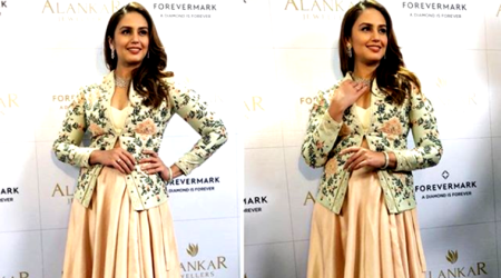 Huma Qureshi's take on monotone is downright boring
