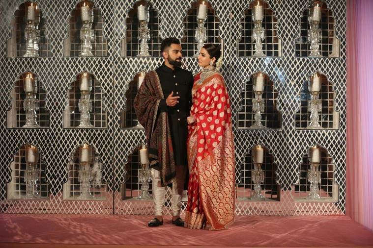 anushka sharma wedding look, anushka wedding look, anushka red benarasi, anushka sabyasachi benarasi, anushka sharma reception outfit, entertainment news, lifestyle news