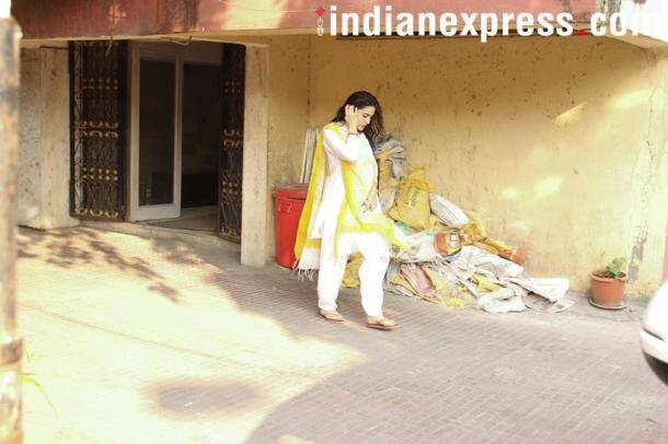 sarah ali khan spotted in the city