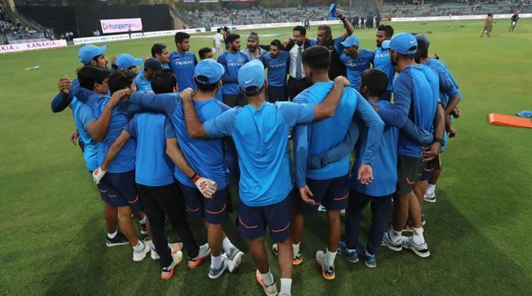 India opt to field against Sri Lanka in third T20I