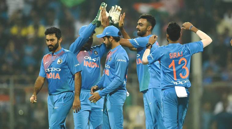 India vs Sri Lanka, Ind vs SL 3rd T20I, Sri Lanka India, MS Dhoni, Dinesh Karthik, Shreyas Iyer, Manish Pandey, sports news, cricket, Indian Express
