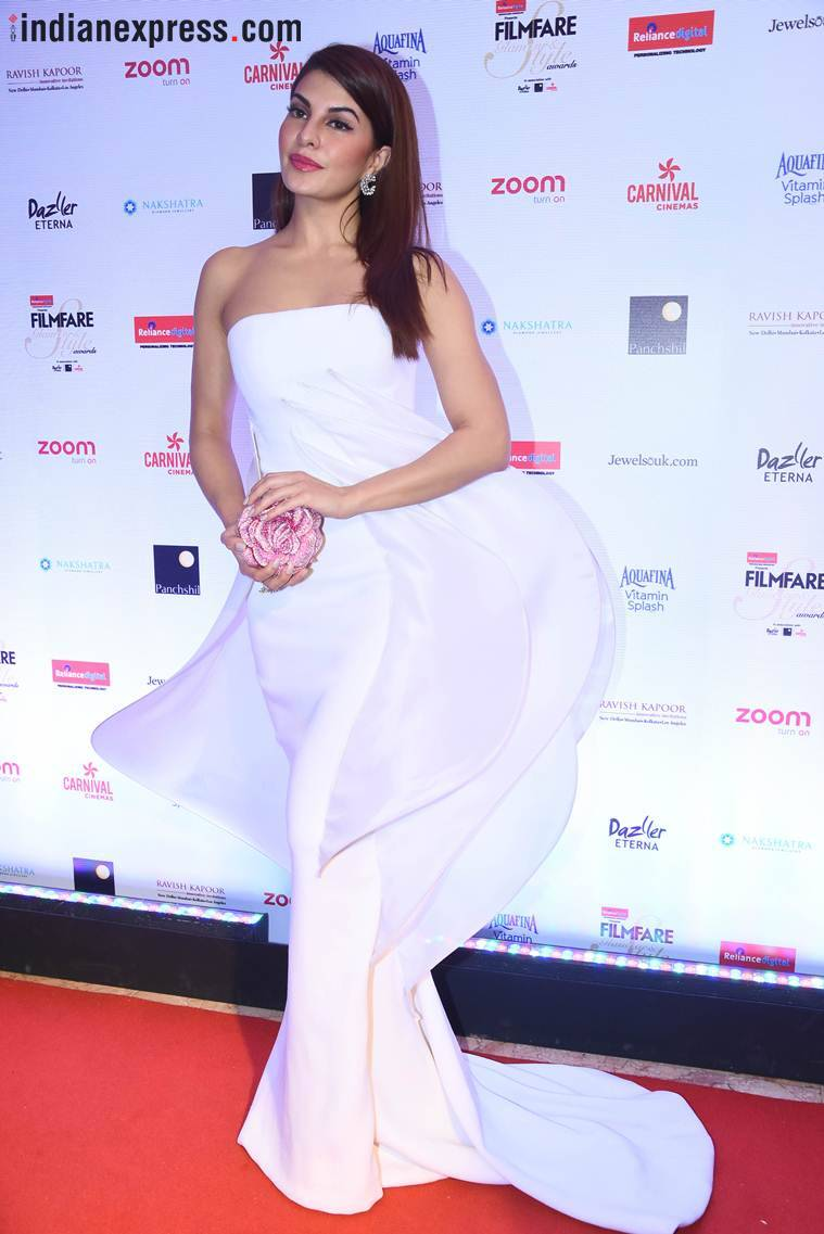 Jacqueline Fernandez at filmfare glamour and style awards