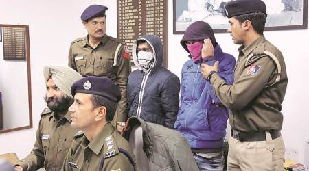 vehicle lifters arrested, Chandigarh Police, chandigarh news, Zirakpur, stolen vehicles recovered in Chandigarh, punjab crime, vehicle lifing, law and order chandigarh