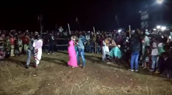 jharkhand kissing competition, kissing competition video, kissing competition in jharkhand, kissing competition controversy, indian express, indian express news