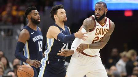 NBA: LeBron James takes over as Cleveland Cavaliers register 11th straight win