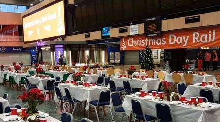 This London train station has won hearts with free Christmas meal for thehomeless